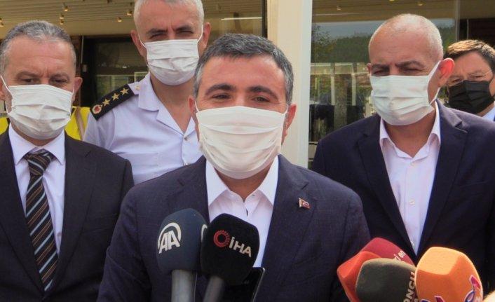 Düzce Valisi Cevdet Atay vatandaşları aşı olmaya davet etti