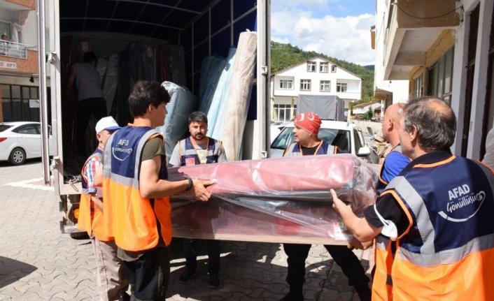 Karabük'ten sel felaketinin yaşandığı Kastamonu'ya yardım tırı gönderildi