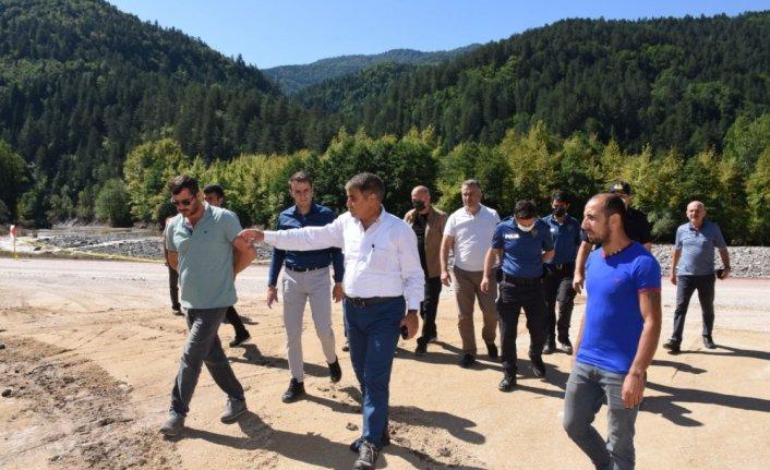 Kastamonu'nun Şenpazar ilçesinde selin yaraları sarılıyor