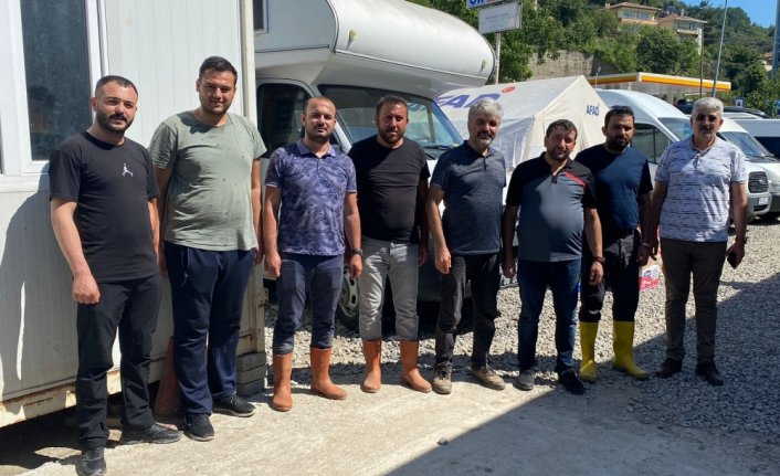 Medya-İş Genel Başkanı Ballı sel bölgesinde görev yapan gazetecileri ziyaret etti