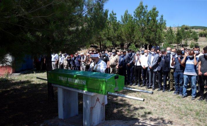 Milli Eğitim Bakanı Mahmut Özer'in amcasının cenazesi Tokat'ta toprağa verildi