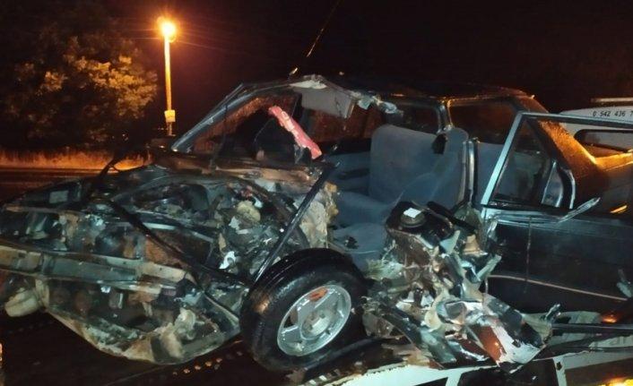 Samsun'da minibüsle otomobil çarpıştı: 4 yaralı