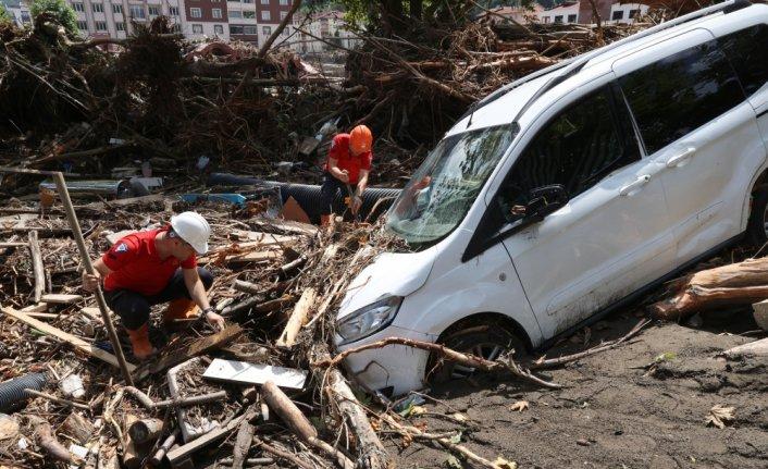 Sel felaketinin yaşandığı Kastamonu Bozkurt'ta arama kurtarma çalışmaları sürüyor