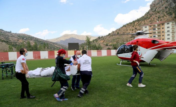 Ambulans helikopter Gümüşhane'deki entübe hasta için havalandı
