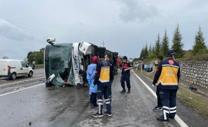 Bartın'da yolcu otobüsü ile otomobil çarpıştı: 3 kişi öldü