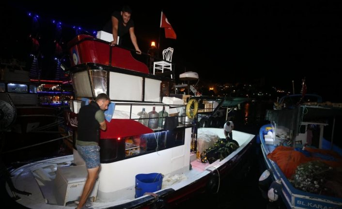 """Batı Karadenizli balıkçılar """"vira bismillah"""" dedi"""