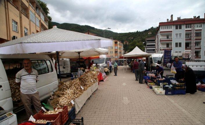 Bozkurt'ta sel felaketinin ardından ilk kez pazar kuruldu
