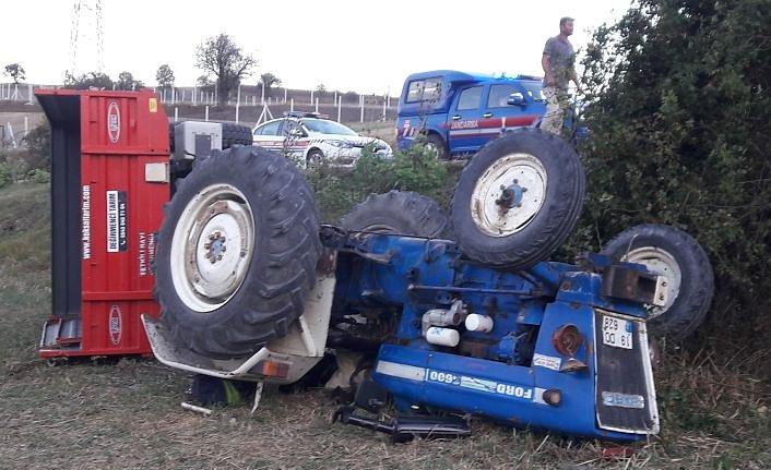 Havza'da devrilen traktörün altında kalan sürücüsü ağır yaralandı