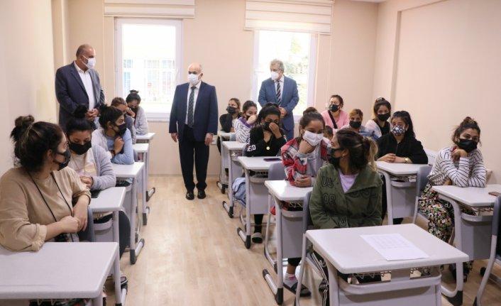 Samsun'da Sosyal Dayanışma Merkezi törenle açıldı
