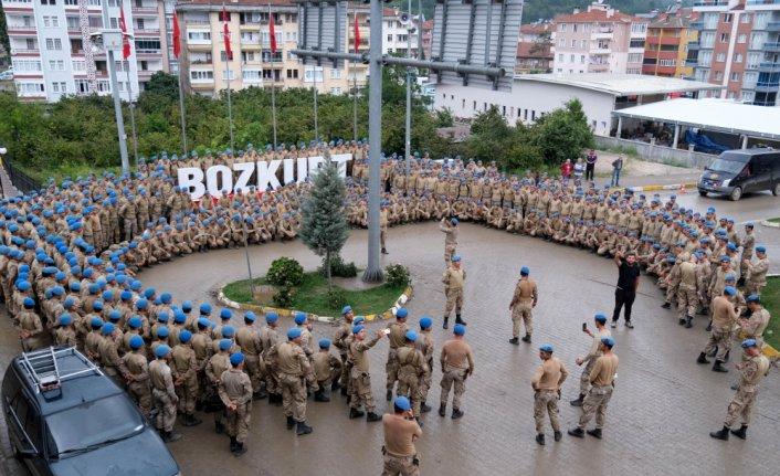 Sel afeti nedeniyle Bozkurt'ta görev yapan komandoların bir bölümü ilçeden ayrıldı