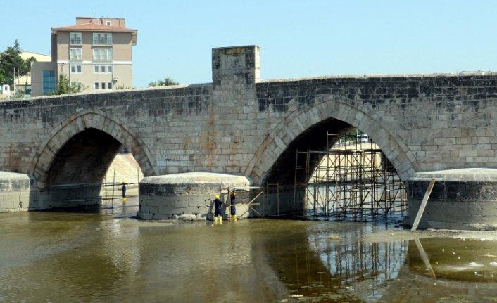 Tokat'ta 771 yıllık Hıdırlık Köprüsü'nde restorasyon çalışması tamamlandı