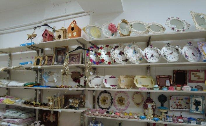 Tokat'ta hanımelleri satış marketi kadınların geçim kaynağı oldu