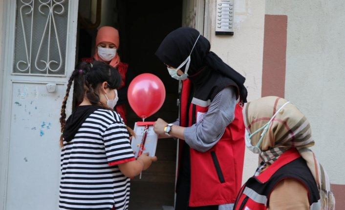 Havza Sosyal Hizmet Merkezi Müdürlüğünden kız çocuklarına hediye