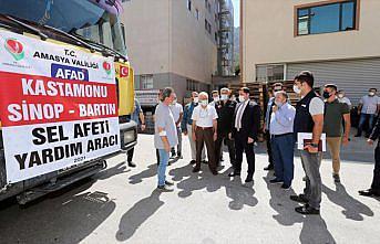 Amasya'dan selin etkilediği Sinop'a 1 tır içme suyu gönderildi