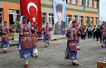 Kastamonu Valisi Çakır, İlköğretim Haftası etkinliklerinde konuştu: