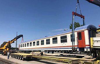 Menderesleri ile ünlü Perşembe Yaylası'na çıkartılan tren vagonları kafeye dönüştürülecek