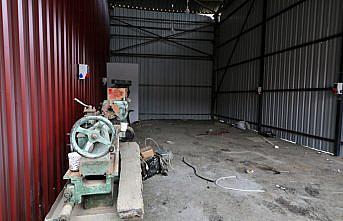 Sel felaketinin yaşandığı Ayancık'ta esnafa geçici hizmet verebilecekleri iş yerleri inşa ediliyor