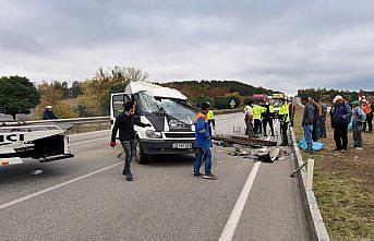Amasya'da tarım işçilerini taşıyan minibüsün devrildi, 18 kişi yaralandı
