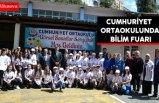 Cumhuriyet Ortaokulunda bilim fuarı