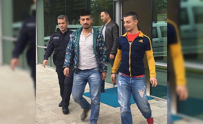 Yaşlıları darbeden 2 zanlı adli kontrol şartıyla serbest bırakıldı
