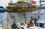 Kıyı balıkçılarında av mesaisi sürüyor