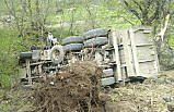 Artvin'de kamyon uçuruma devrildi: 1 ölü