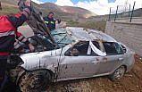Bayburt'ta otomobil takla attı: 1 ağır yaralı