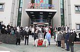 Samsun'da Kovid-19'dan ölen ortopedi uzmanı Necati Emirhan son yolculuğuna uğurlandı