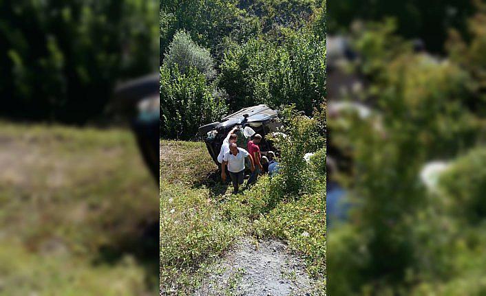 Samsun'da otomobil devrildi: 1 ölü, 1 yaralı