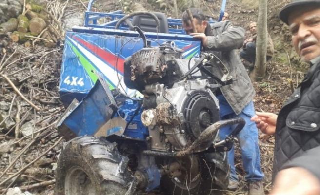 Ordu'da tarım aracı 100 metrelik şarampole devrildi