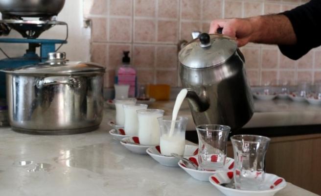 """Çay ocağında çaydan çok """"süt"""" içiliyor"""