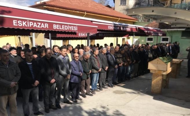 MHP Eskipazar İlçe Başkanı Kumlar'ın acı günü