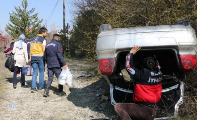 Otomobil şarampole devrildi: 1 yaralı