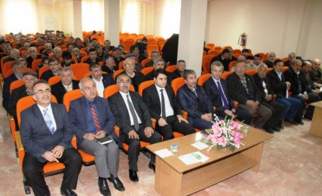 Taşova'da TKDK çiftçileri bilgilendirdi