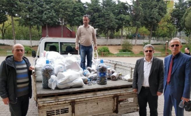 Öğrenciler 940 kilogram atık pil topladı