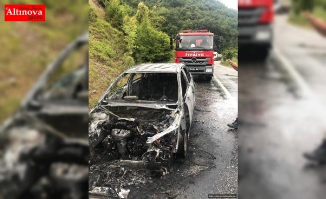 Bafra'da otomobil yangını