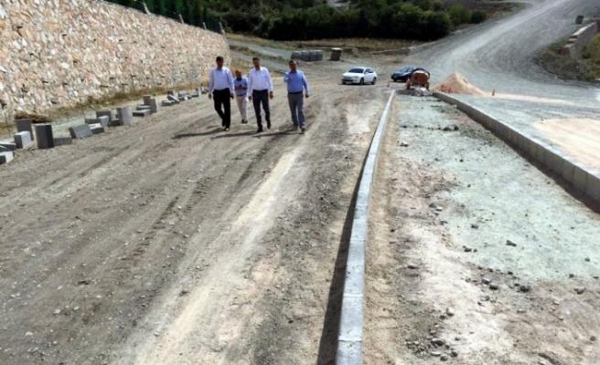 Tokat Belediye Başkanı Eyüp Eroğlu asfalt çalışmalarını inceledi