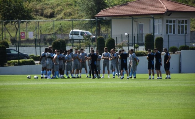 Trabzonspor, AEK maçı hazırlıklarına başladı