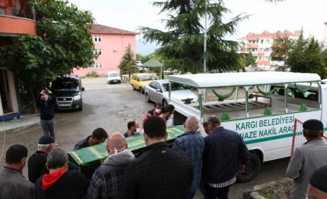 ABD'de nehirde boğulan Türk öğrencinin cenazesi Çorum'da toprağa verildi