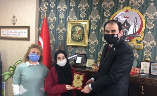 Samsun Emine Ahmet Yeni Kız Anadolu İmam Hatip Lisesi, iki farklı alanda Türkiye ikincisi oldu