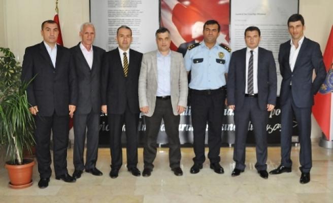 AK Parti Bafra İlçe Başkanlığı'ndan Daire Amirlerine Ziyaret