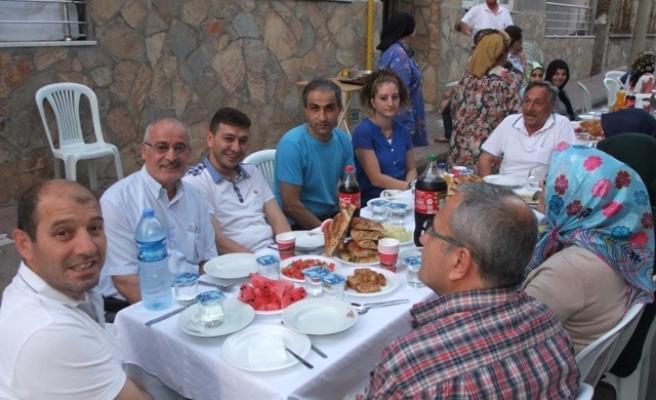 İsmet Paşalıların Geleneksel İftar Yemeği