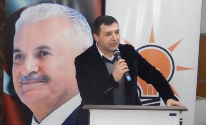 """AK Parti Samsun Milletvekili Hasan Basri Kurt, """"Bu sistemde başbakanlık kalkıyor yani iki başlılık kalkıyor"""""""