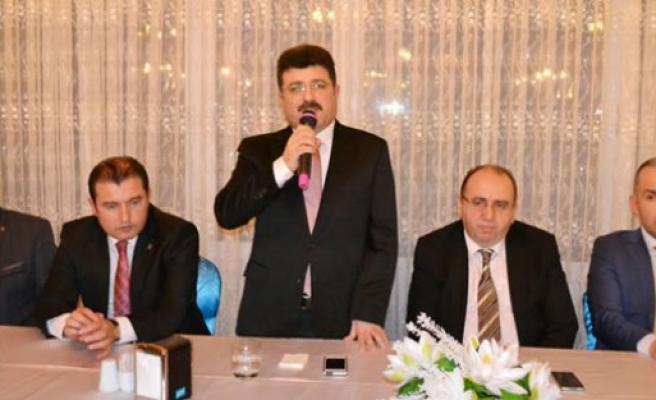Av. Semiz; AK Parti İlçe Teşkilatı ile Yemekte Buluştu