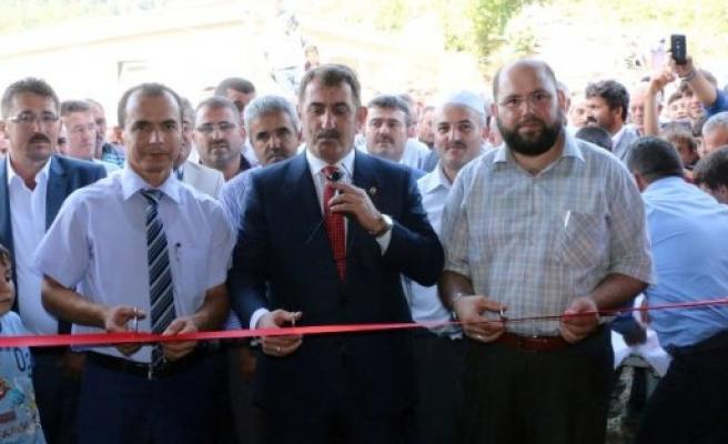 Ayvacık Yeniköy Mahallesi Merkez Camii İbadete Açıldı
