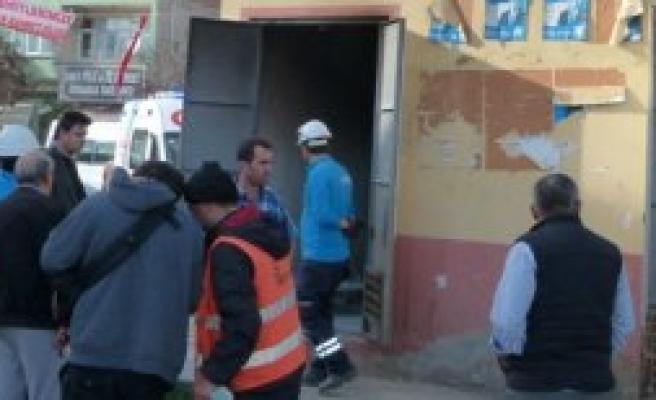 BAFRA'DA TRAFO BOMBA GİBİ PATLADI
