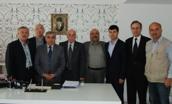 BAFRALI GAZETECİLER KAYMAKAM ARSLAN'I ZİYARET ETTİ