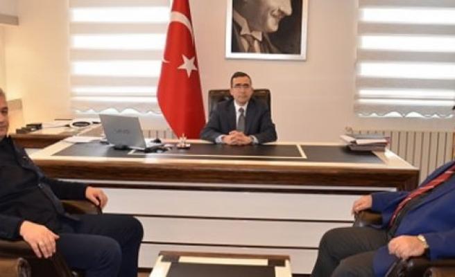 Başkan Topaloğlu Yeni Göreve Başlayan Kaymakam Güner'i Ziyaret Etti