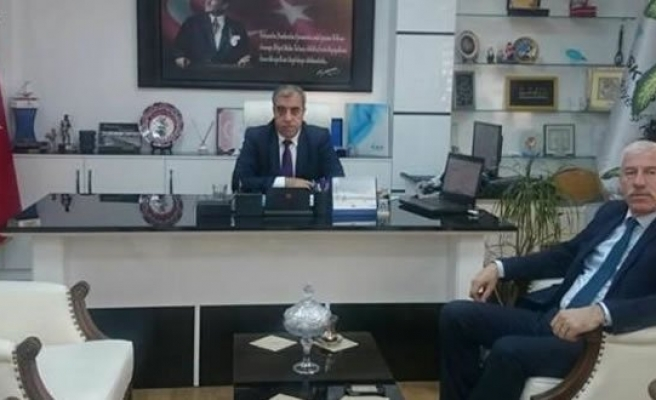 Başkan UYAR'dan İş Kur İl Müdürüne Hayırlı Olsun Ziyareti