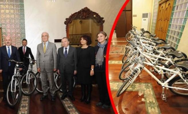 """Başkan Yılmaz:  """"Bisiklet Kullanmak Bize De Şart Oldu"""""""